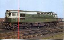 Type 3 Diesel locomotive Class 33 D6572 Feltham 1962  photo postcard