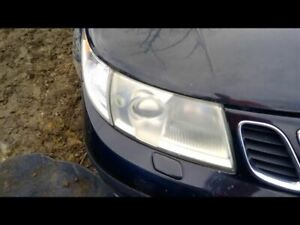 Passenger Right Headlight With Xenon HID Fits 02-05 SAAB 9-5 9070354