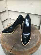 Gucci Black Patent Leather Rubber Bottom Pump Womens High Heel Size 9 EUC