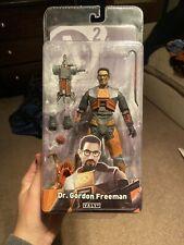 NECA Half-Life Deluxe Gordon Freeman Action Figure