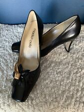 Mode in Pelle Black Leather Court Shoes Bow Detail Size 6