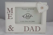 """Me and Dad Photo Frame Picture Heart Button Wooden Cream 6x4"""" F0580B"""