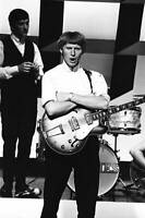 OLD MUSIC PHOTO Geoff Turton Of The Rockin Berries Perform On Tv Show