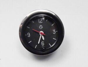 Uhr, Autouhr LADA NIVA 1600,2103,2106 , Oldtimer mit Chromring / 2107-3804010-02