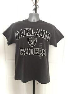 Mens L Oakland Raiders Majestic NFL Heart And Soul III Charcoal Shirt