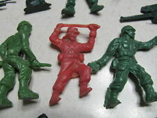 Vintage Plastic Army Military Play Soldiers Artillary Infantry