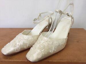 Michaelangelo Vanessa Beaded White Bridal Heels Wedding Mother of Bride 6B 36