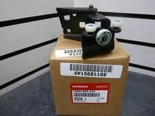 99-04 HONDA ODYSSEY LX LEFT REAR CENTER DOOR ROLLER 72560-S0X-A03