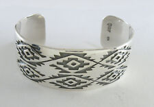 925 sterling silver cuff bracelet with  double pampas design by Maria Belen