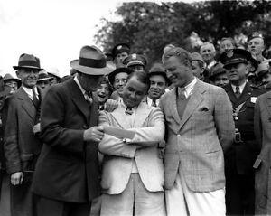 1935 Masters Winner GENE SARAZEN w/ Check Glossy 8x10 Photo Golfer Print Poster