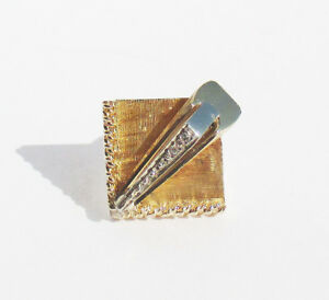 14 k White and yellow gold tie tack with Diamonds 3 grams