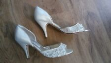 """Caparros Ladies Shoes, Size 8, Lace and Satin, 3"""" Heel"""
