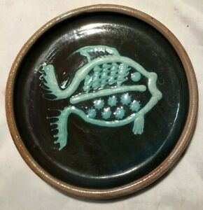 Lanel Shipping Pottery - Circular Dish with Fish Design - 15cm Diameter