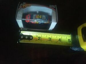 Winners Circle 1/87 scale #24 Dupont Monte Carlo