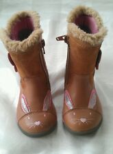 GIRLS CLARKS BOOTS SZ 4.5 G IN VGC! RABBITS,TAN, LEATHER,V CUTE!