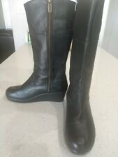 Crocs Size 7 Women's Black Wedge Leather Boots