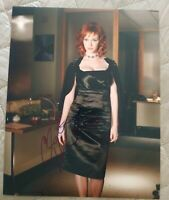 CHRISTINA HENDRICKS SIGNED 8X10 PHOTO MAD MEN BOOBS W/COA+PROOF RARE WOW