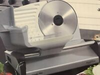 Waring Pro Professional Food Slicer Versatile Safe Stable WPS200SA1