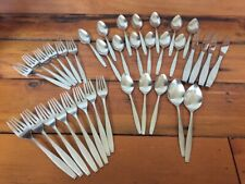 Vtg Oneida Craft 36 pc Set Tempo Deluxe Stainless Silverware Flatware Cutlery