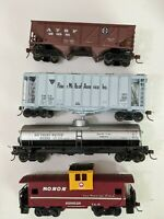 HO Train Cars Lot Of 4