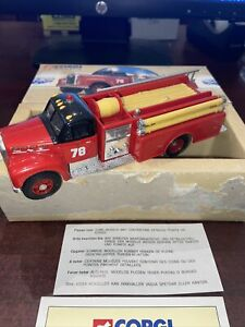 Corgi Classics 1/50 Mack B Series Chicago Pumper Truck #98540 MIB #3320/8000