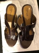 """Sandals, EURO SOLF by SOFFT, chocolate brown leather,3 1/2"""" heel. SZ: 9M"""