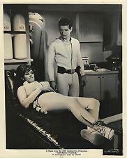 FANTASTIC VOYAGE (1966) Vntg orig 8x10 print still Stephen Boyd, Raquel Welch AF