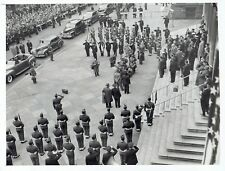 1946 Vintage Photo NYPD Police & US Military at New York City Hall in Manhattan