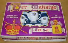 HER MAJESTY'S TEA SET  WORCESTER TOY CO. #257  C.1960