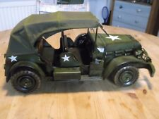 New : METAL ART Range : Large American Tin Model Army Jeep : Ornament