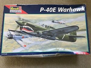 Revell Monogram P-40E Warhawk 1:32 scale NO INSTRUCTIONS