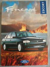 Ford Escort Finesse brochure Nov 1995
