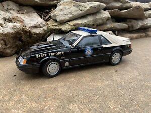 Custom 1/18 Florida Highway Patrol Police Trooper FHP 1986 Mustang SVO Welly