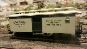 Roundhouse MDC HO Union Pacific Overton Baggage Car Upgraded, Ex