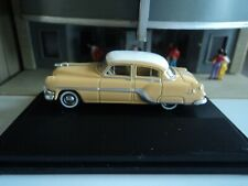 Oxford 1954 Pontiac Chieftain (4 door) Yellow/Tan 1/87 Ho diecast car Gm