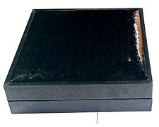 Jewelry leather  storage boxes Display Organizer for necklace 20x20x4 cm