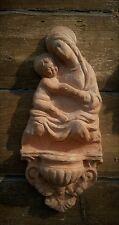 Acquasantiera in terracotta bella  Madonna con bambino da appendere 30x19 cm