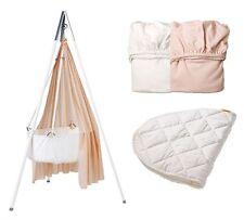 Leander-Babywiege weiß + Stativ weiß + Himmel rosa +Betttücher rosa/weiß+Auflage