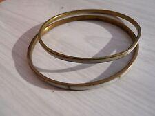 2 anciens bracelets en cuivre et nacre