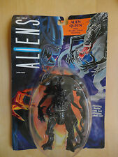 ALIENS : ALIEN QUEEN WITH DEADLY CHEST HATCHLING ACTION FIGURE BY KENNER