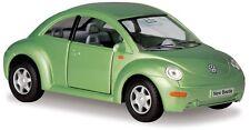 KINSMART VOLKSWAGEN NEW BEETLE SCALE 1/32 DIECAST METAL MODEL CAR - GREEN