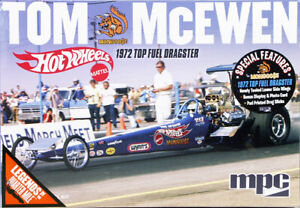 """1:25 MPC Mongoose Tom McEwen """"Hot Wheels"""" 1972 Top Fuel Dragster Model Kit"""