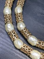 Imitation Glass Baroque White Irregular Shaped Pearls Gold Link Quality Necklace