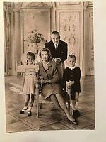 MONACO FAMILY PHOTO POSTCARD PRINCESS GRACE Prince RAINIER 1960's VINTAGE