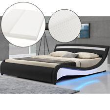Polsterbett LED Design geschwungenes Bettgestell Doppelbett 180 x 200cm Matratze