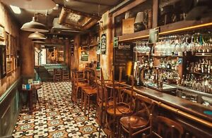 VLIES Fototapete-BAR-(3949V)-Vintage Irish Pub Retro Bistro Italien Holz-Wand