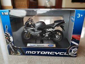 Welly Diecast Metal Motorcycle Triumph Daytona 675 1:8