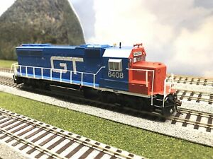 Athearn HO GP40-2 with DCC Sound GT #6408 Grand Trunk Western GTW EMD