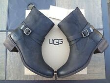 UGG Lorraine Leather Boots, women 9 (NEW) Free Shipping