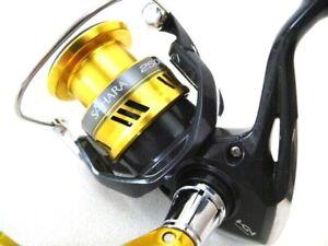 5.0:1 1RB Front Drag 4BB Shimano SH2500FI Sahara 2500 Spinning Reel